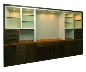 Wall unit for a dining room