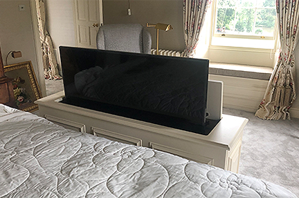 Traditional end of bed TV cabinet