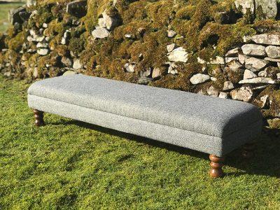 footstool-outside